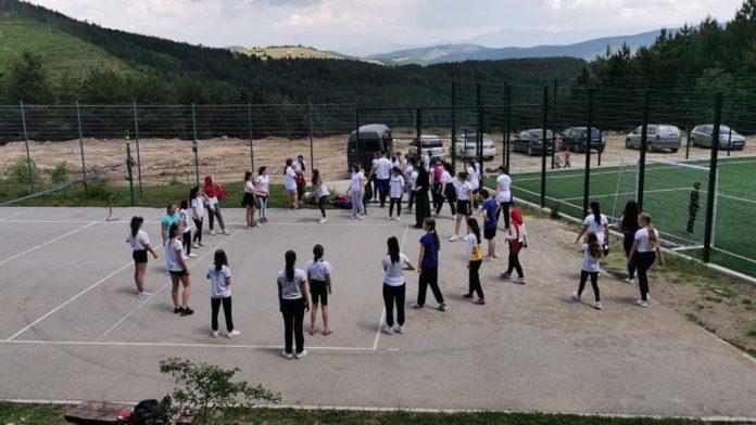 akcija-ciscenja-sportskih-terena-i-izletista-u-novom-pazaru
