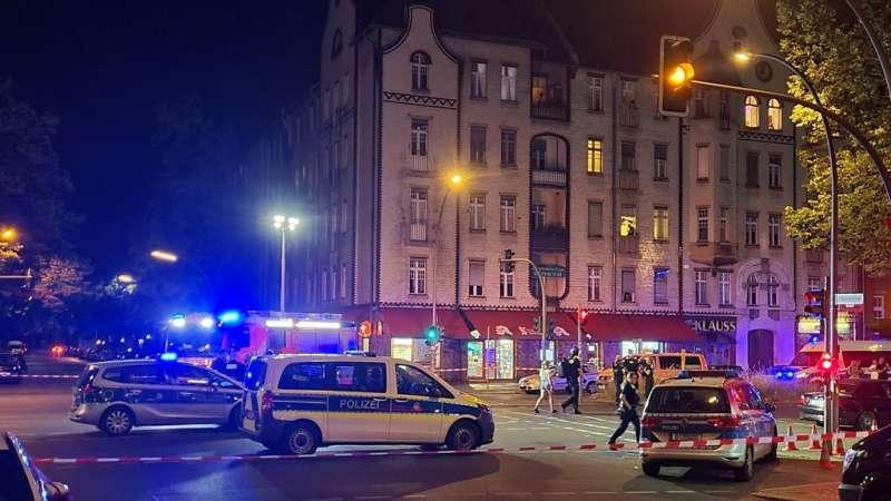 pucnjava-na-novopazarce-ispred-sisa-bara-u-berlinu:-trojica-ranjenih