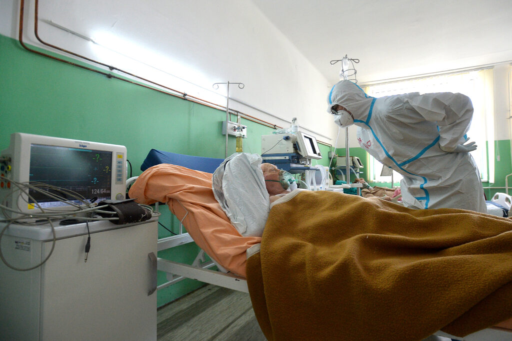 u-srbiji-jos-72-nova-slucaja,-preminulo-sest-osoba