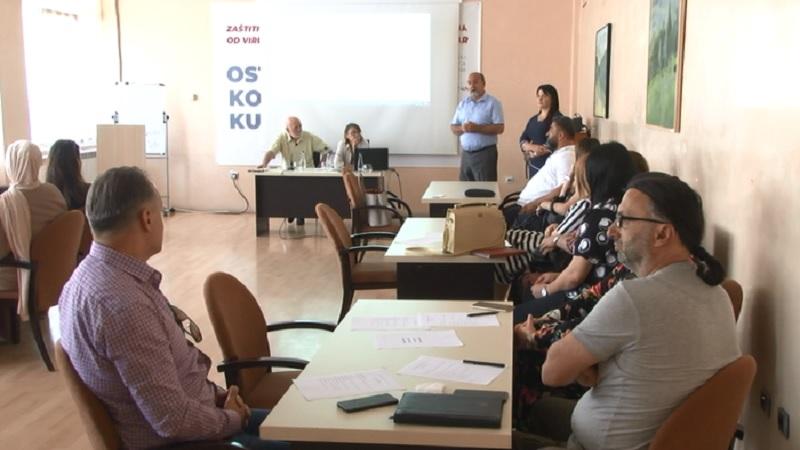 """u-novom-pazaru-se-odrzava-dvodnevni-seminar-""""prakticni-pristupi-deci-sa-teskocama-u-razvoju"""""""