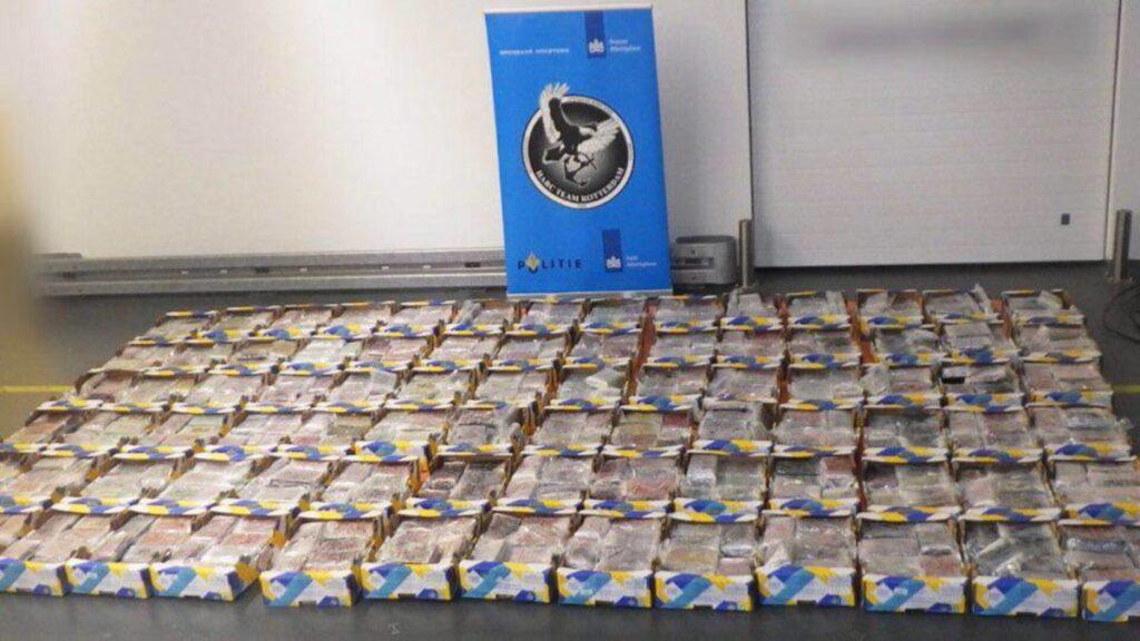holandska-policija-zaplenila-tri-tone-kokaina-u-blizini-aerodroma