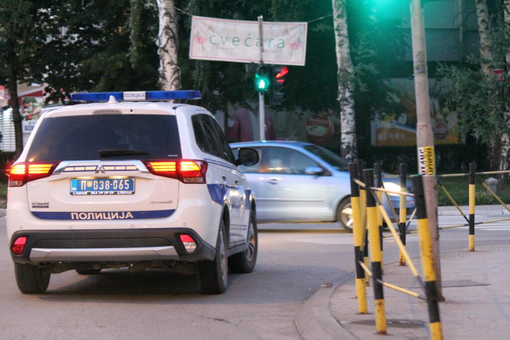 hapsenje-u-novom-pazaru!-ukrao-automobil-u-tutinu-i-vozio-sa-skoro-3-promila-alkohola-u-krvi