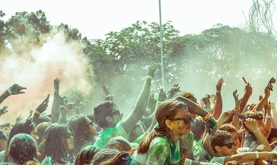 na-muzickom-festivalu-zarazeno-1000-posetilaca