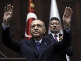 erdogan-cestitao-bajram-uz-poziv-da-se-gradjani-vakcinisu