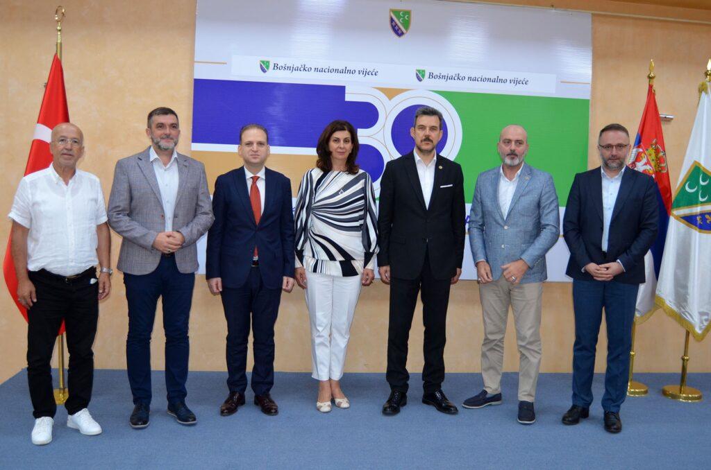 poslanici-parlamenta-republike-turske-u-poseti-bnv-u