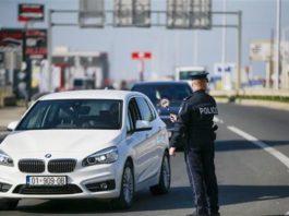 uhapsen-nakon-sto-je-kosovskim-policajcima-ponudio-mito-od-1000-dinara