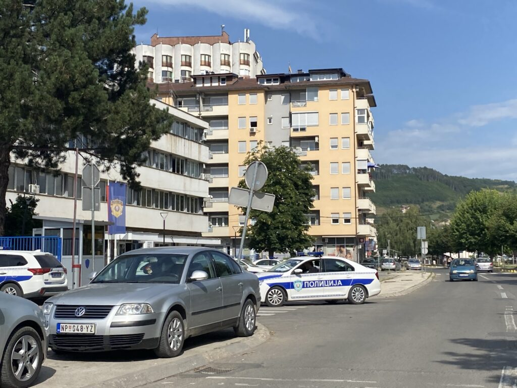 policija-ce-snimati-i-fotografisati-ucesnike-fudbalske-utakmice-fk-novi-pazar-i-fk-partizan