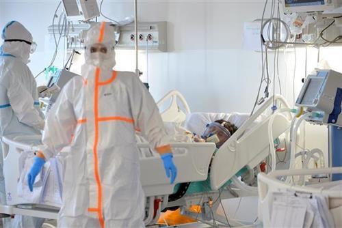 stokic:-epidemija-se-zahuktava,-skocio-broj-hospitalizovanih