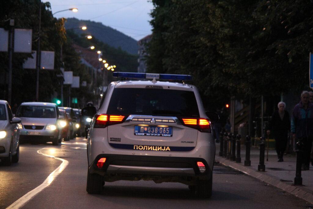 akcija-intervente-policije!-novopazarski-svatovi-zapucali,-policija-pronasla-pistolj