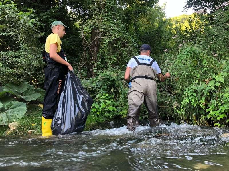 ribolovci-odrzavaju-reke-cistim