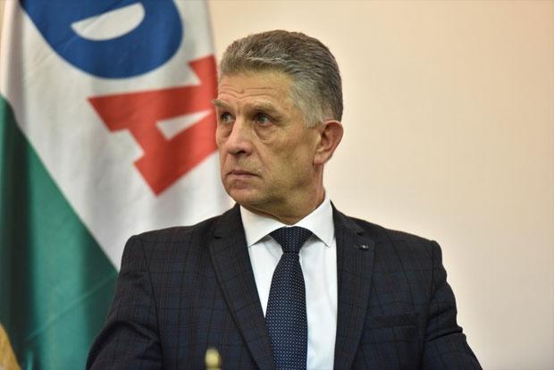 ugljanin:-bosnjaci-u-sandzaku-pod-pritiskom-da-odustanu-od-ustavnih-prava