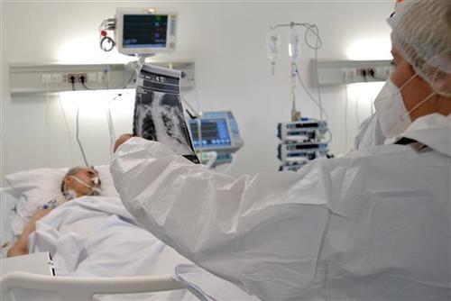 u-srbiji-vise-od-6.400-novozarazenih,-umrlo-jos-38-osoba