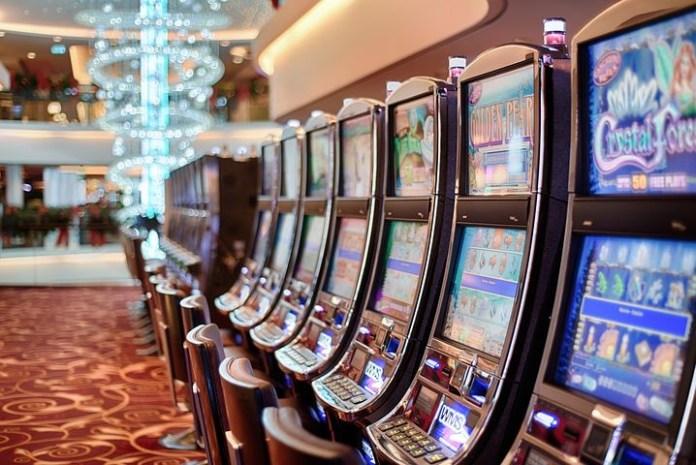 otkriveno-17-nelegalnih-kockarnica,-zaplenjena-oprema-i-novac