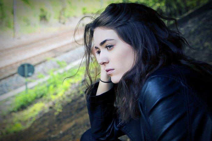 dramatican-porast-anksioznosti-i-depresije-zbog-kovid-19