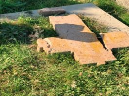 vernici-uznemirini-zbog-ostecenih-nadgrobnih-spomenika-na-novopazarskom-pravoslavnom-groblju-sestovo
