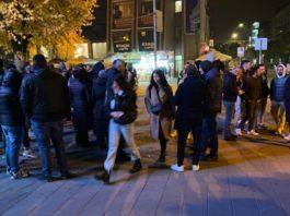 novi-pazar:-nekoliko-desetina-gradjana-na-protestu-protiv-kovid-propusnica